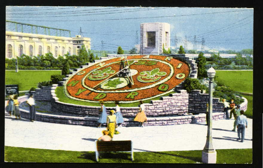 Postcard of the Niagara Floral Clock in 1955
